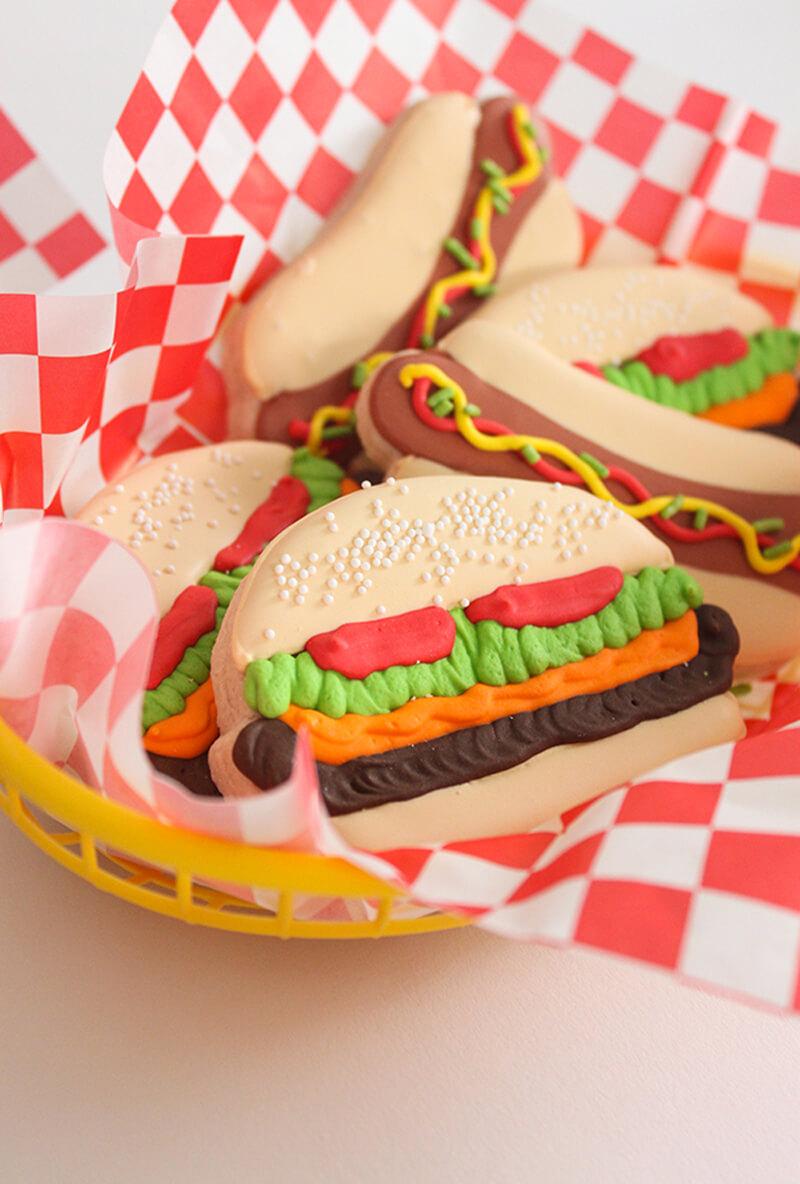 Как украсить печенье своими руками: печенье гамбургер и печенье хот-дог