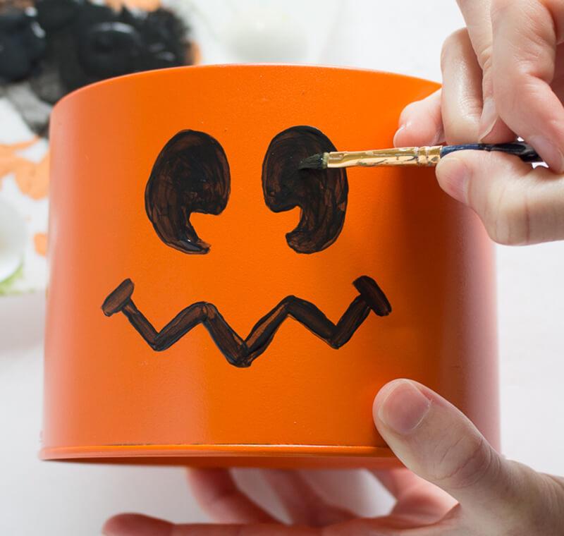 Подарки на Хэллоуин. Как упаковать подарок на Хэллоуин?