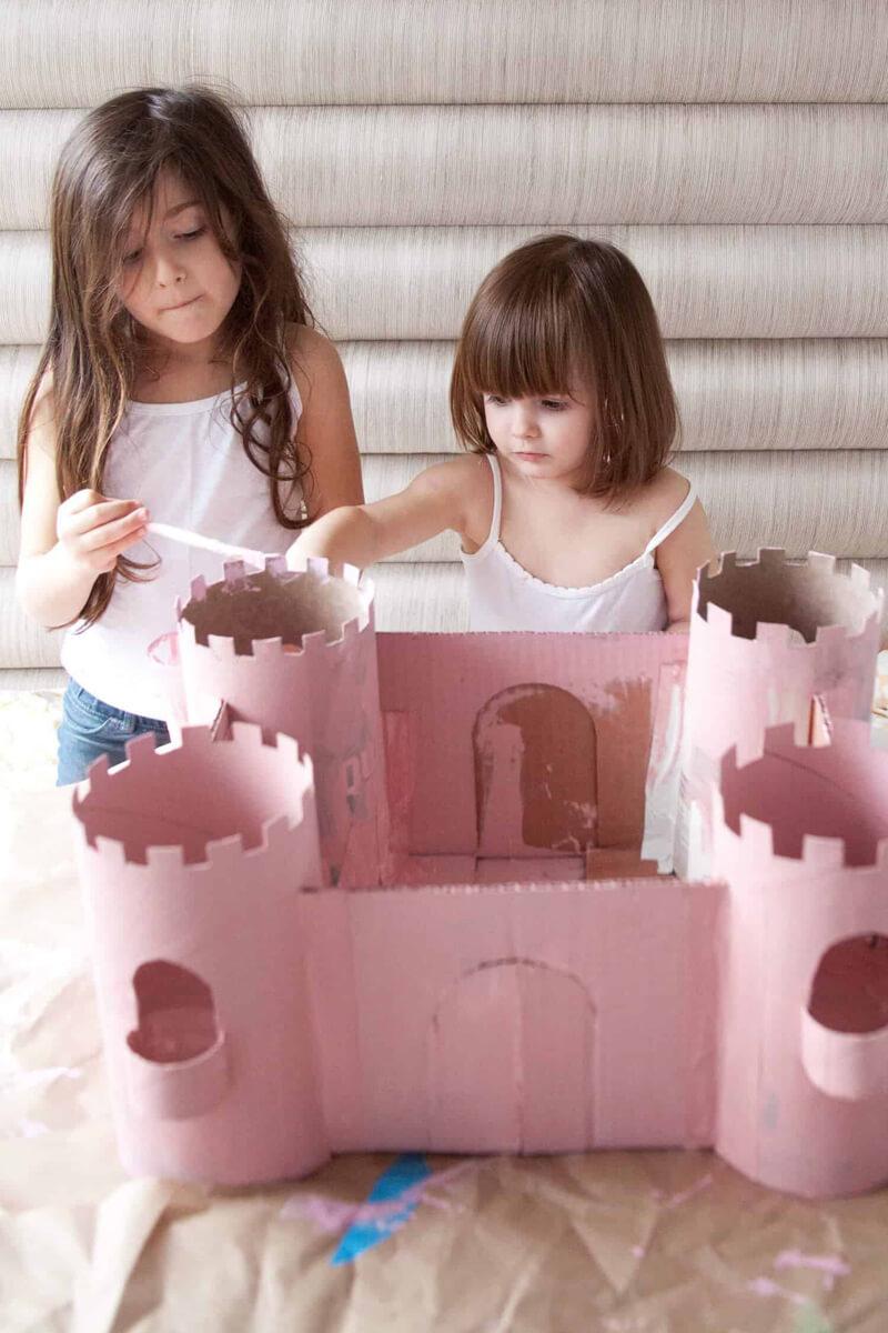 Замок из картона. Замок из картона своими руками