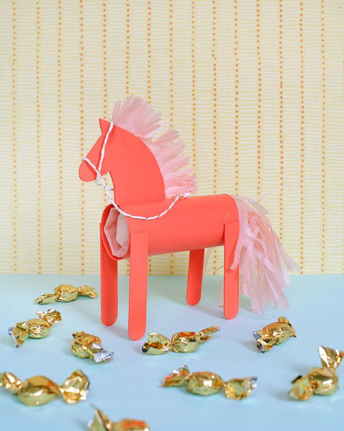 Лошадь своими руками. Как сделать Лошадку своими руками?