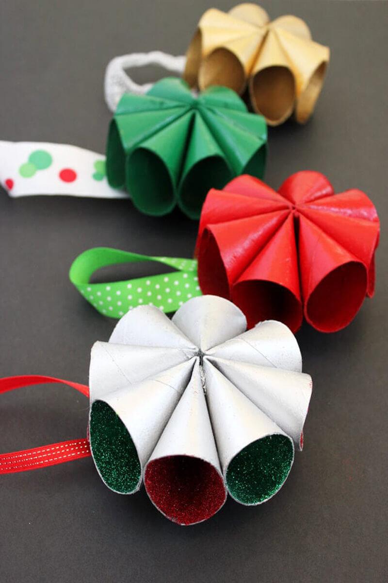 Елочные игрушки своими руками из втулок от туалетной бумаги
