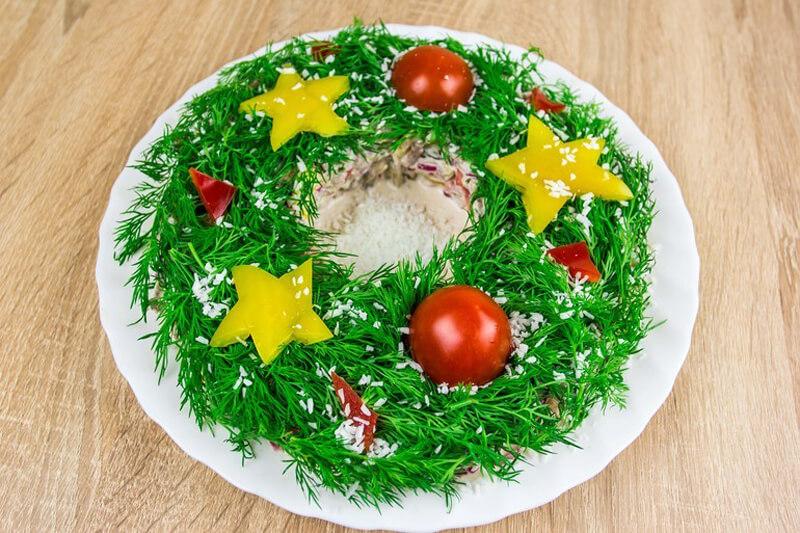 навесную как украсить салаты на новый год фото сказал, что всех
