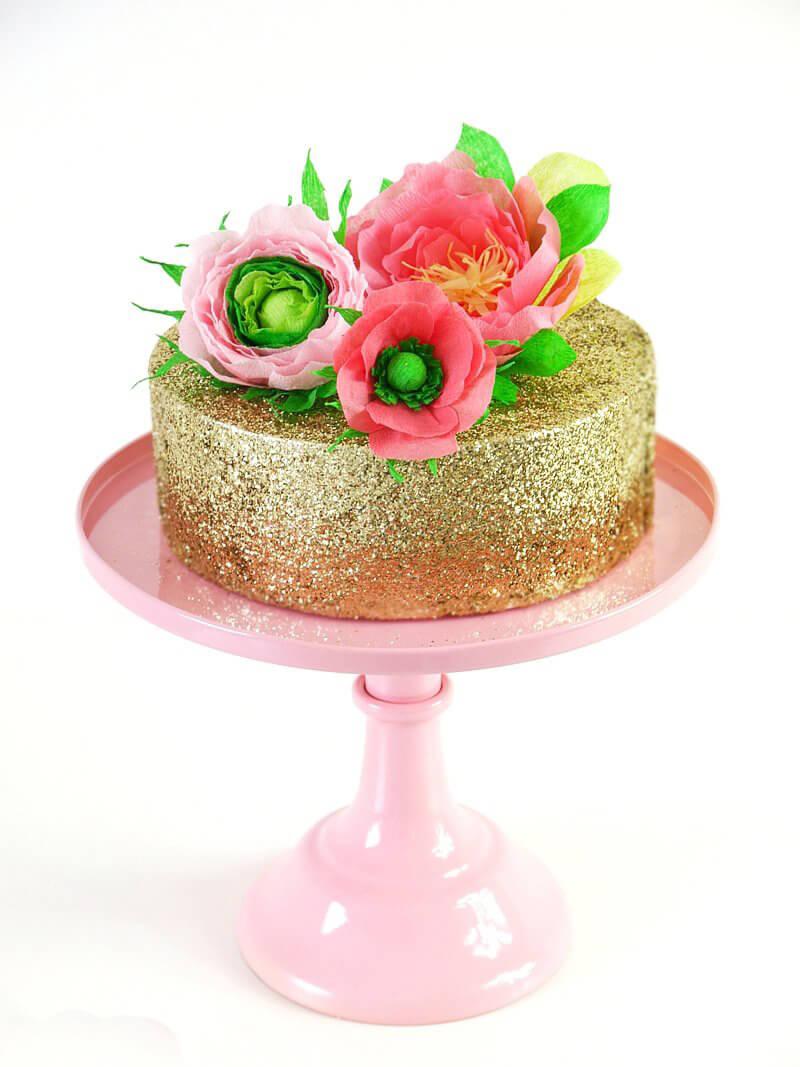 Торт украшенный цветами. Как украсить торт цветами?