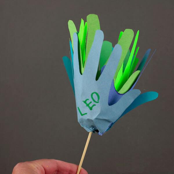 Поделка Цветок в горшке своими руками из бумаги