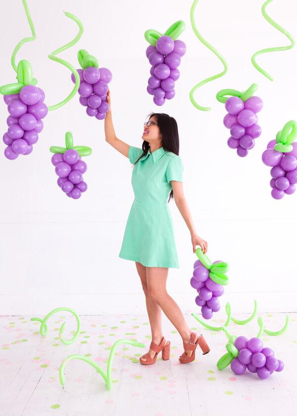 Как украсить праздник/вечеринку воздушными шарами в виде фруктов и ягод?