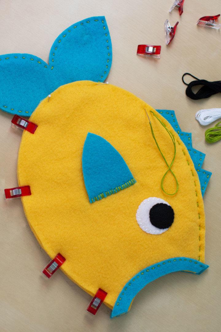 Развивающая игрушка из фетра. Рыбка из фетра своими руками