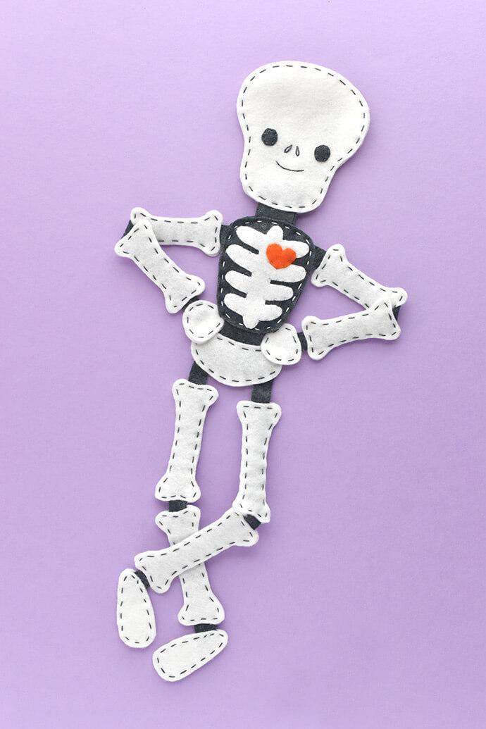 Скелет из фетра (выкройка)
